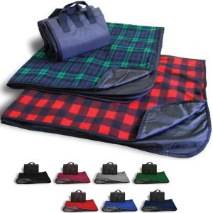 Plaid fleece picnic blanket