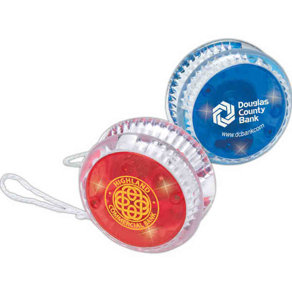 Light-up yo-yo with flashing