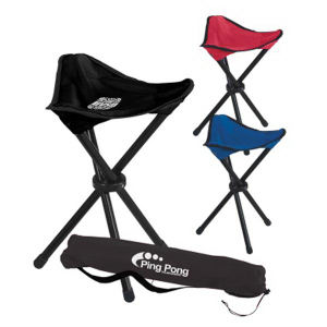 Folding tripod stool with