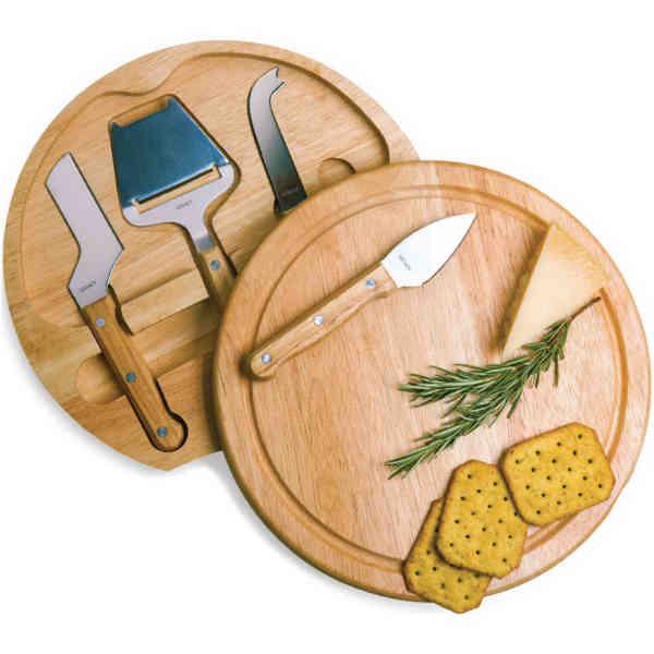 Circular cutting board.