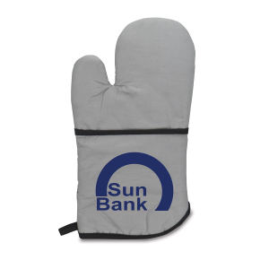 Therma-grip large oven mitt.