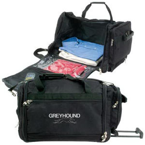 Travel bag on wheels