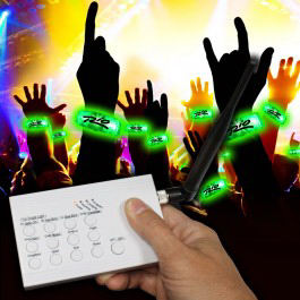 Flashing RF concert bracelet