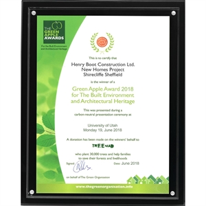 Clear acrylic magnetic certificate/insert