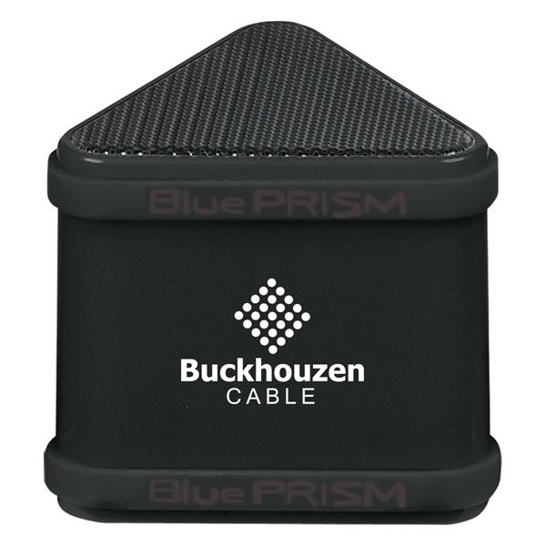 Triangular speaker that wirelessly