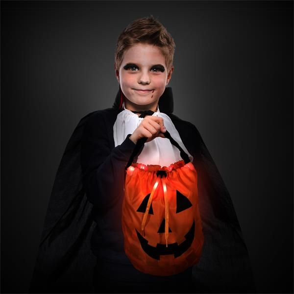 Light-up trick-or-treat pumpkin bag