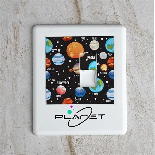 16-piece BPA-free tile puzzle