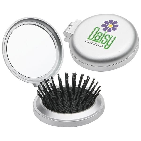 Travel disk brush and