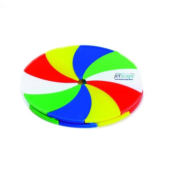 Incredible expanding flying disc,