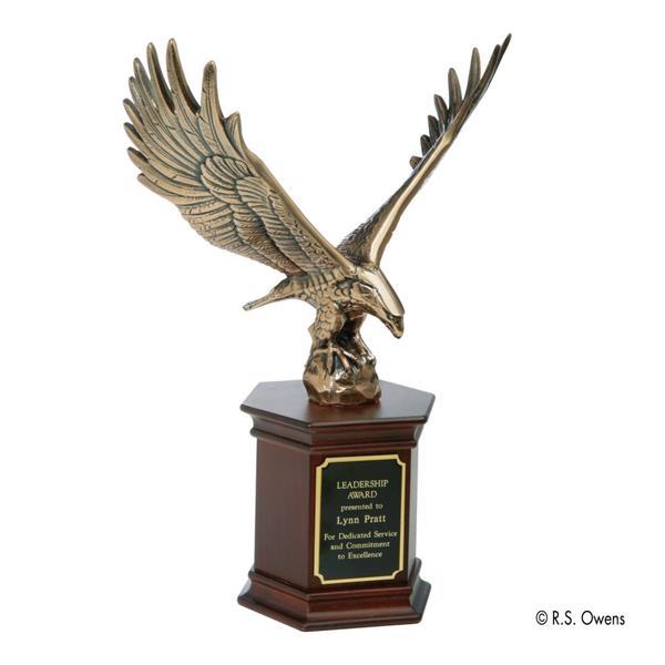 Antique bronze eagle leadership