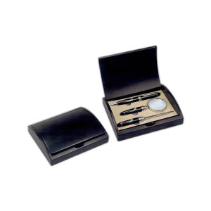 Gift set, including pen,
