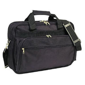 Deluxe briefcase with zippered