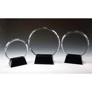 Circle optical crystal award/trophy.