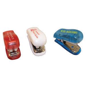 Mini stapler.