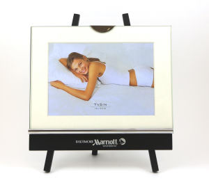 Studio classic picture frame,